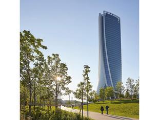 Wieżowiec Zahy Hadid otwarto dla publiczności